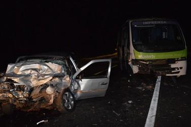 Acidente com micro-ônibus causa morte de jovem na BR-369