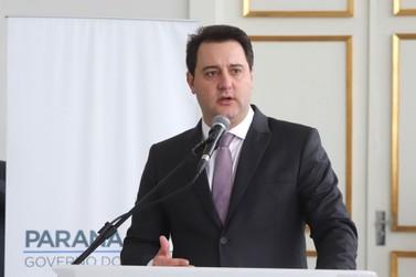 Governo do Paraná propõe reajuste de 5,09% aos servidores