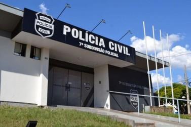 Embriagado, jovem bate em rosto de policiais e pede para ser preso em Umuarama