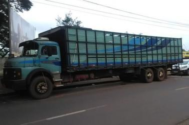 Ladrões roubam caminhão em Cianorte e mantém família por 9h como reféns