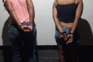 Mulheres são presas suspeitas de roubar e usar de violência contra idosa