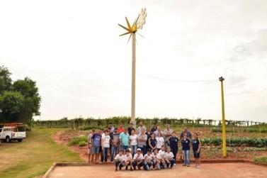 Alunos de Douradina ousam e criam projeto para gerar energia eólica