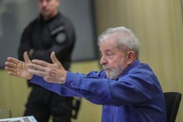 Juiz avisa que mandou soltar Lula ainda nesta sexta