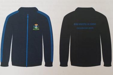 Alunos das Escolas Municipais e CEMEIs de Cruzeiro receberão uniforme gratuito