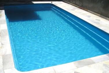 Criança de 3 anos morre afogada após cair em piscina, em Nova Esperança