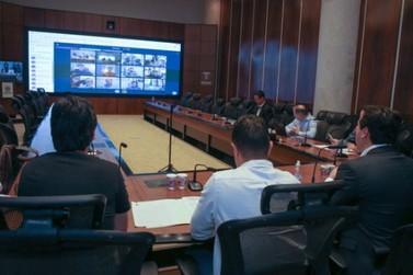 Governo reúne prefeitos para harmonizar medidas contra a Covid-19