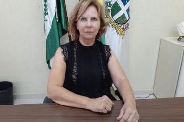 Prefeita de Cruzeiro do Oeste revoga decreto e determina fechamento do comércio