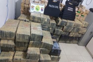 Polícia Civil apreende 1,360kg de maconha em Altônia