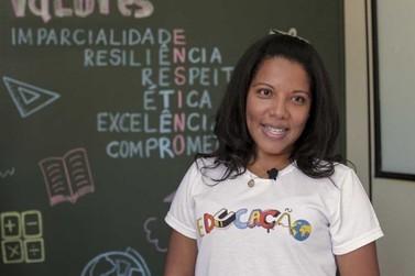 Crianças de Umuarama recebem cadernos de atividades e iniciam aulas on-line