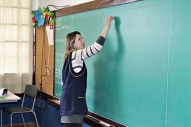 Secretaria da Educação do Paraná divulga edital para PSS emergencial