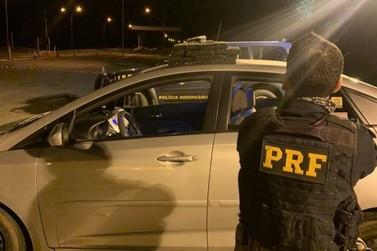 Homem e mulher são detidos com 17 quilos de maconha em Alto Paraíso