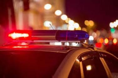 Adolescente é encontrada acorrentada dentro de mata e diz ter sido sequestrada