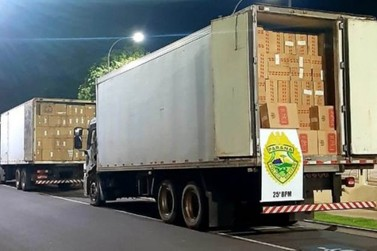Caminhões carregados com cigarros são apreendidos pela PM em Umuarama