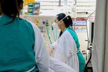 Covid: leitos de UTI continuam lotados e taxa de ocupação de enfermaria é de 81%