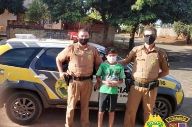 Policiais fazem surpresa para um menino de 8 anos em Cruzeiro do Oeste