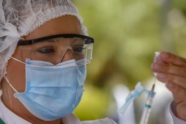 Paraná alcança 20% da população com ciclo completo da imunização contra Covid-19