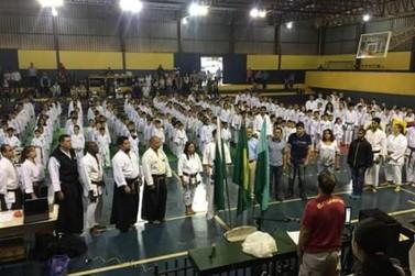 Cruzeiro do Oeste tem destaque em campeonato de Karatê.