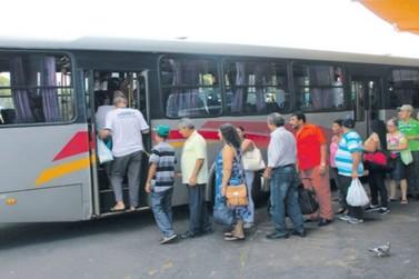 Usuários do transporte reclamam da redução de horários de ônibus