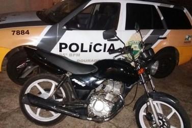 Polícia Militar recupera moto furtada e prende receptador em Douradina