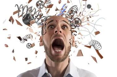 Estresse causa reações físicas, psicológicas e hormonais