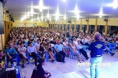 Palestra com Sargento Tânia Guerreiro reúne mais de 500 pessoas em Douradina