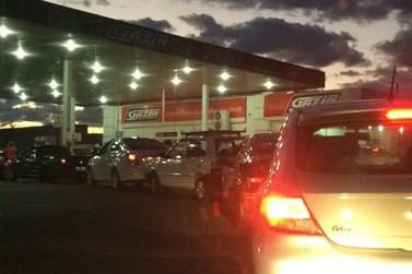 Postos em Douradina ficam sem combustível por causa da greve dos caminhoneiros