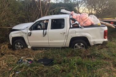 Cinco pessoas, entre elas uma criança ficam feridas em acidente na PR-323