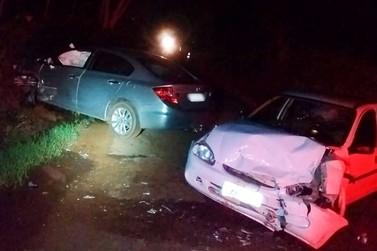 Colisão entre veículos deixa três pessoas feridas em Douradina