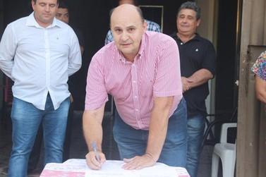 Por seis votos a dois, prefeito de Cruzeiro do Oeste é afastado do cargo