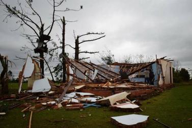 Tornado atinge Rio Grande do Sul com ventos de 300 km/h