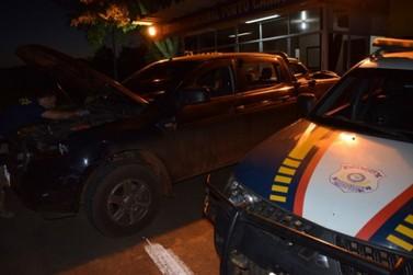 Caminhonete roubada no RJ é recuperado pela PRF em Porto Camargo