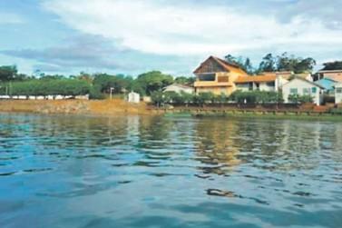 Furto a barcos em garagem acende sinal de alerta na barranca do rio Paraná