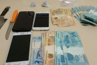 Polícia prende três pessoas em ação contra tráfico de drogas em Douradina