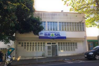 Universidade fecha polo em Umuarama e deixa alunos sem explicação