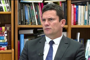 Moro diz que irá refletir sobre o convite para o STF ou Ministério da Justiça