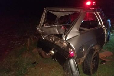 Acidente entre carro e caminhão deixa uma pessoa ferida na PR-323