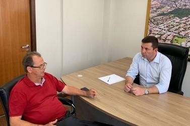 Prefeito de Ivaté se reúne com Delegado Fernando em Curitiba