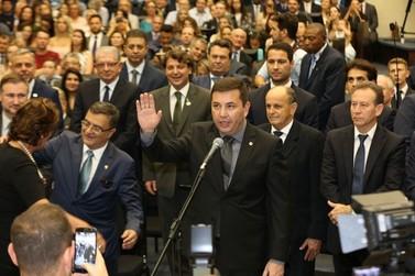 Representante de Douradina, Delegado Fernando toma posse como deputado estadual