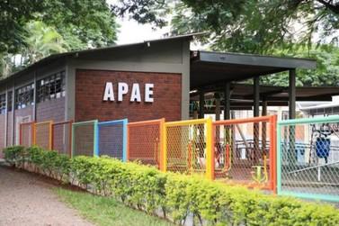 Governo vai aumentar repasses em nova parceria com APAEs