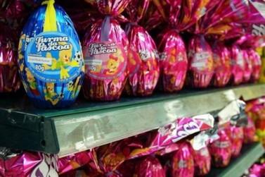 Procon pesquisa preços dos ovos de Páscoa e encontra diferença de até 60%