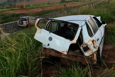 Homem fica feridos após capotar veículo entre Ivaté e Douradina