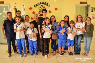 Alunos de Douradina são premiados por bom desempenho em prova nacional