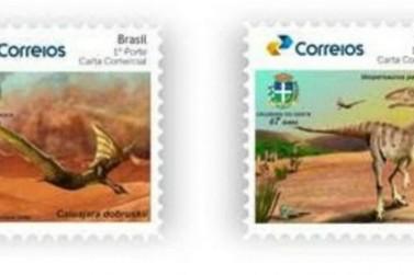 Correios lançam selos com imagens de dinossauros encontrados em Cruzeiro