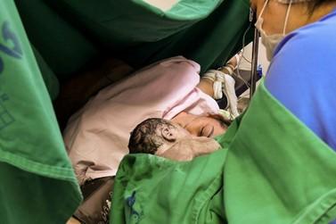 Intérpretes de Libras auxiliam mãe surda no pré-natal e parto em Umuarama