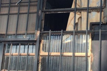Preso quebra grade de janela e foge da cadeia de Alto Paraná