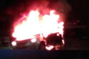 Revoltado por não conseguir vender sua Captiva, homem coloca fogo no veículo