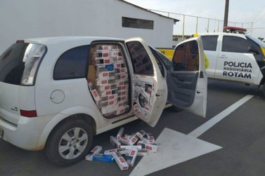 Carro lotado de cigarros contrabandeados é abandonado na PR-323