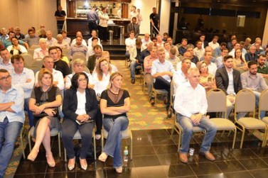 Darlan Scalco convoca prefeitos contra fim de municípios proposto por Bolsonaro
