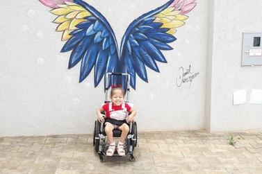 Família de Douradina vende rifa para continuar tratamento da filha de 3 anos