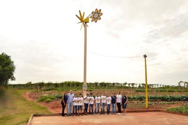 Gerador eólico criado por alunos de Vila Formosa gera Sustentabilidade no campo